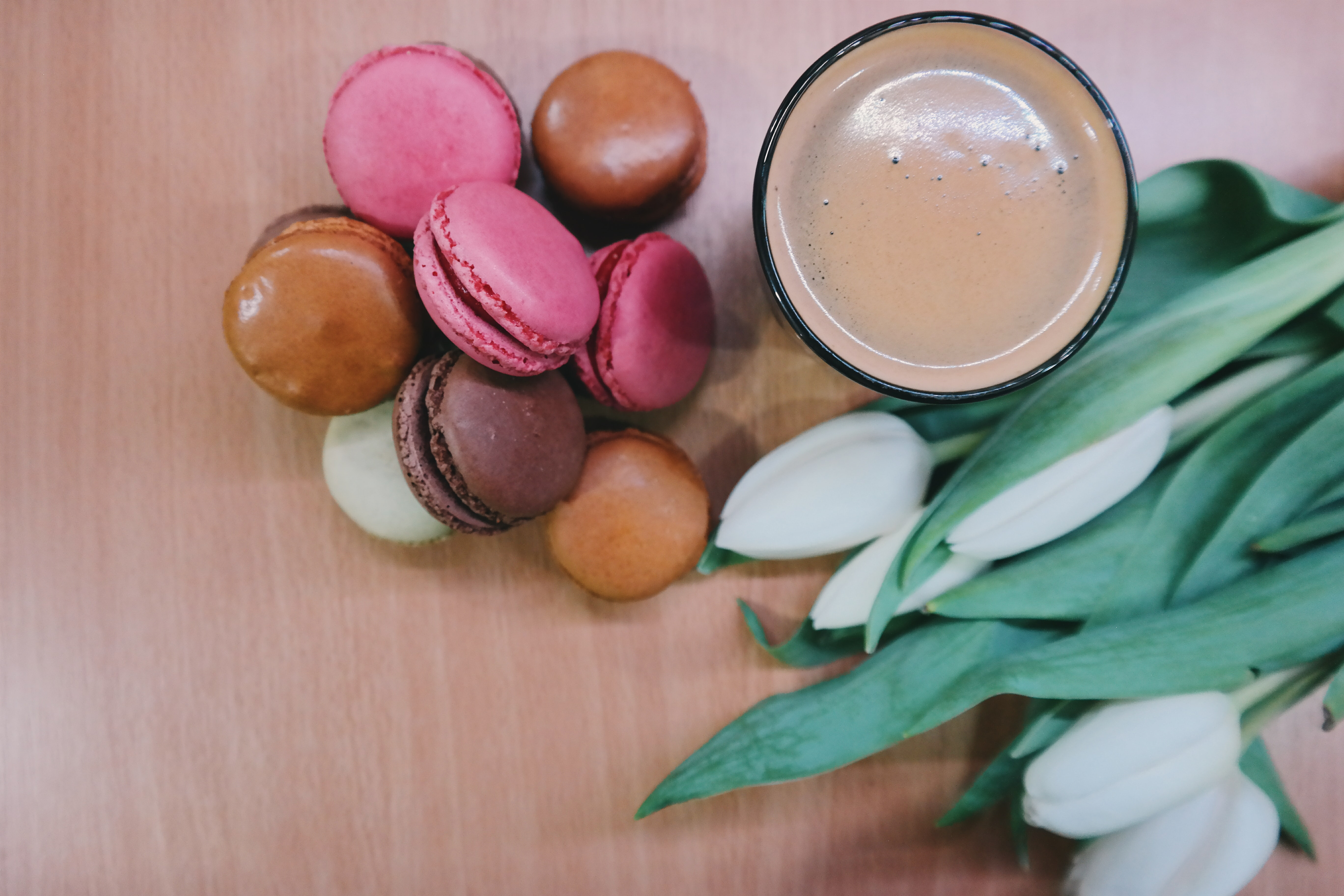 Macaroons, tulips, and a cup of coffee in Oradea