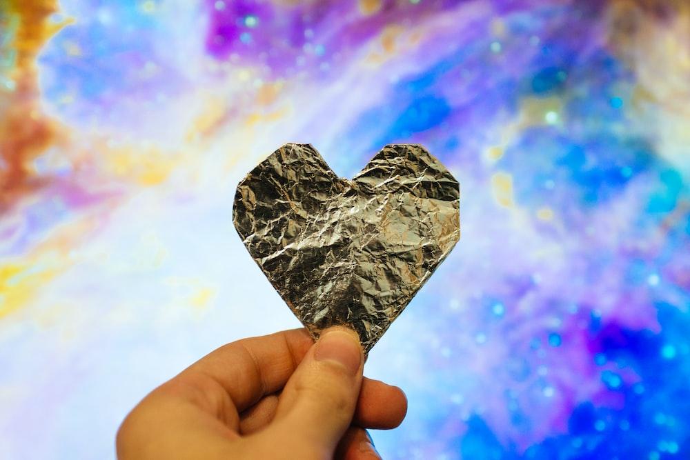 gold heart stone
