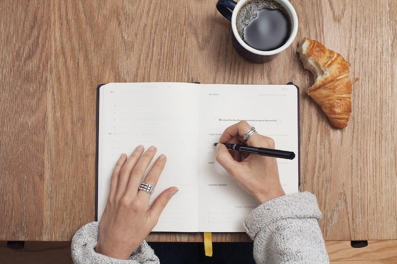 寫論文的日子 (5) I 論文到底有多難寫?