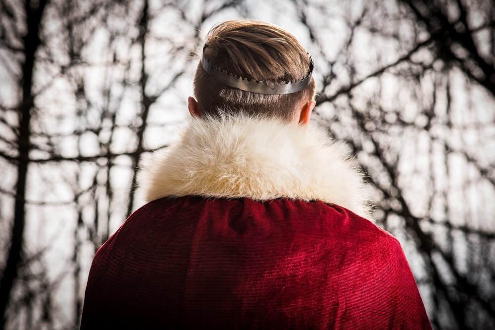 person wearing red and white coat