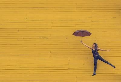 Article Storybee : Est-il possible de conserver des actions lors de la cession de son entreprise ?