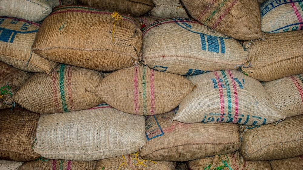 brown printed sack lot