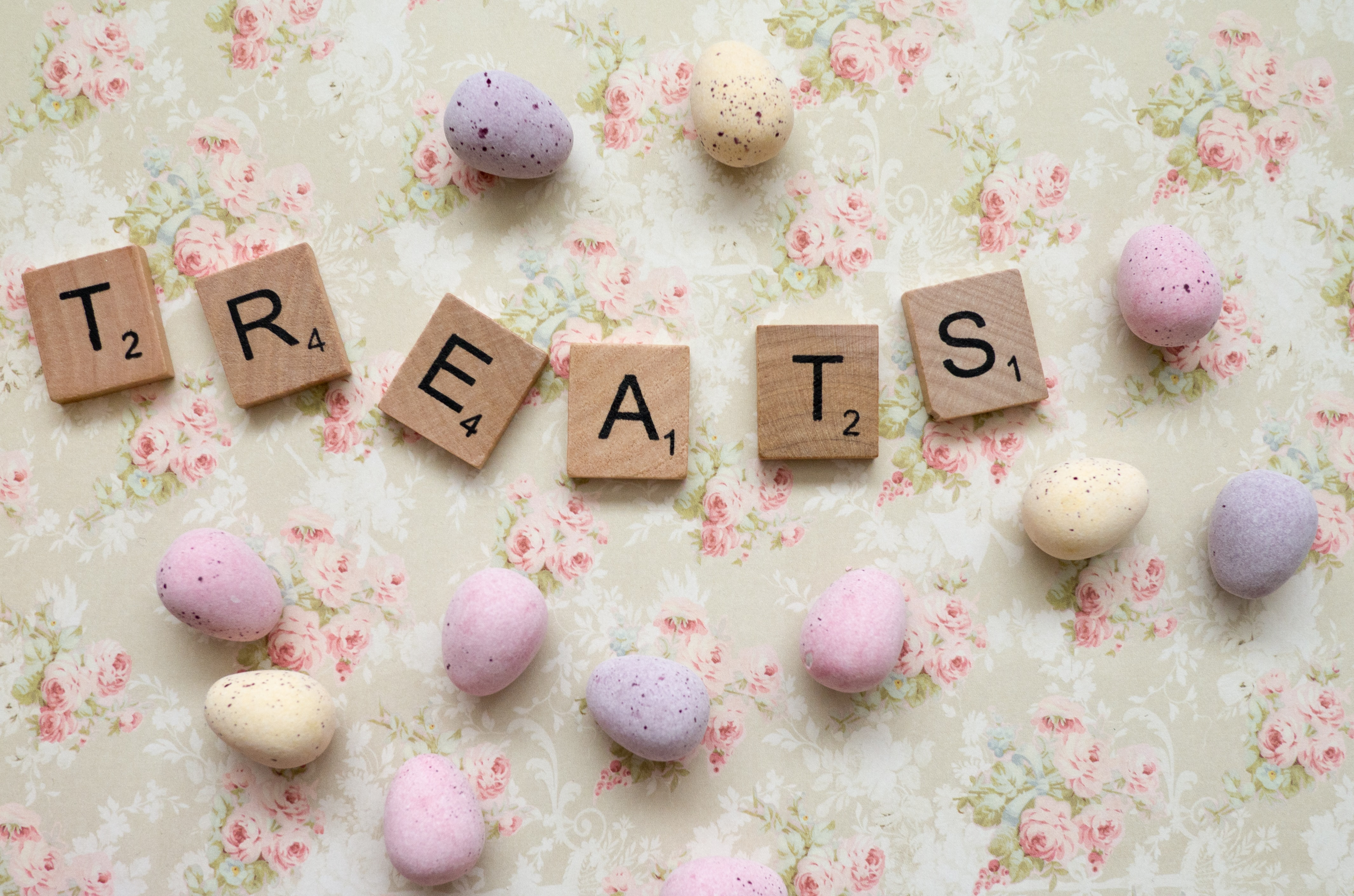 "Scrabble letters that say ""Treats."""