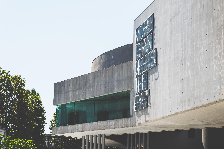 gray concrete laboratory