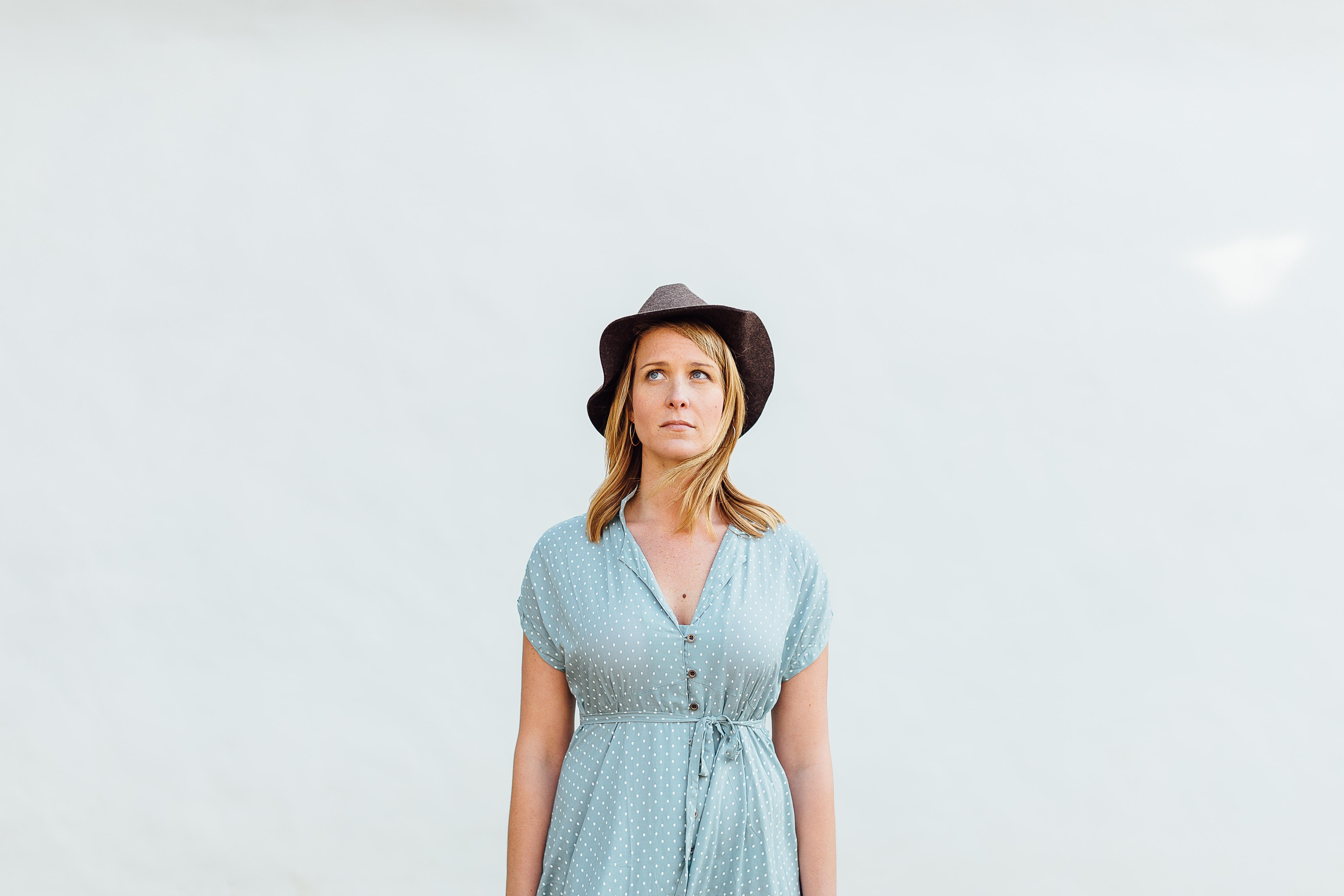 women's blue short-sleeved top