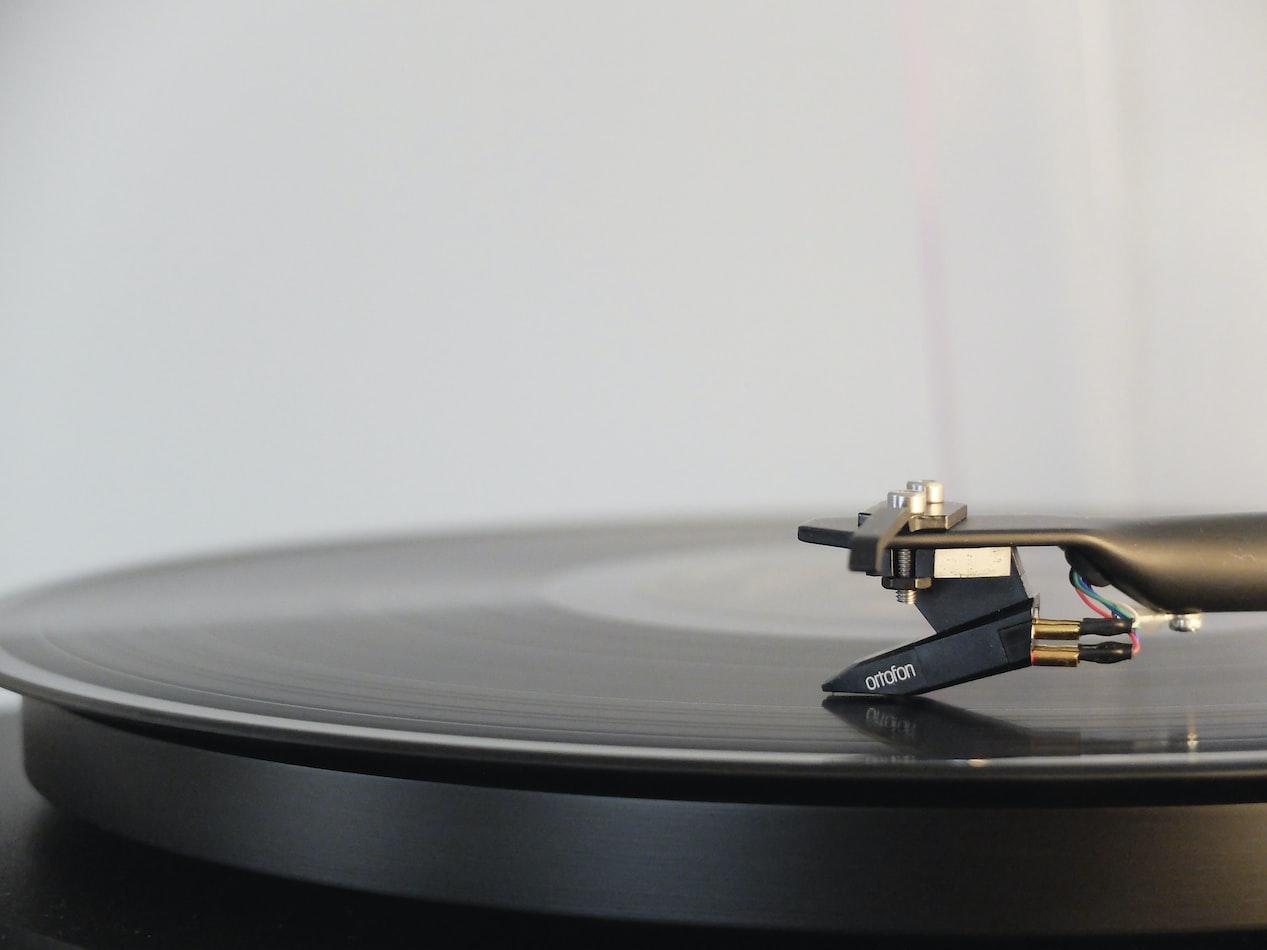 Польза музыки или как она влияет на состояние человека