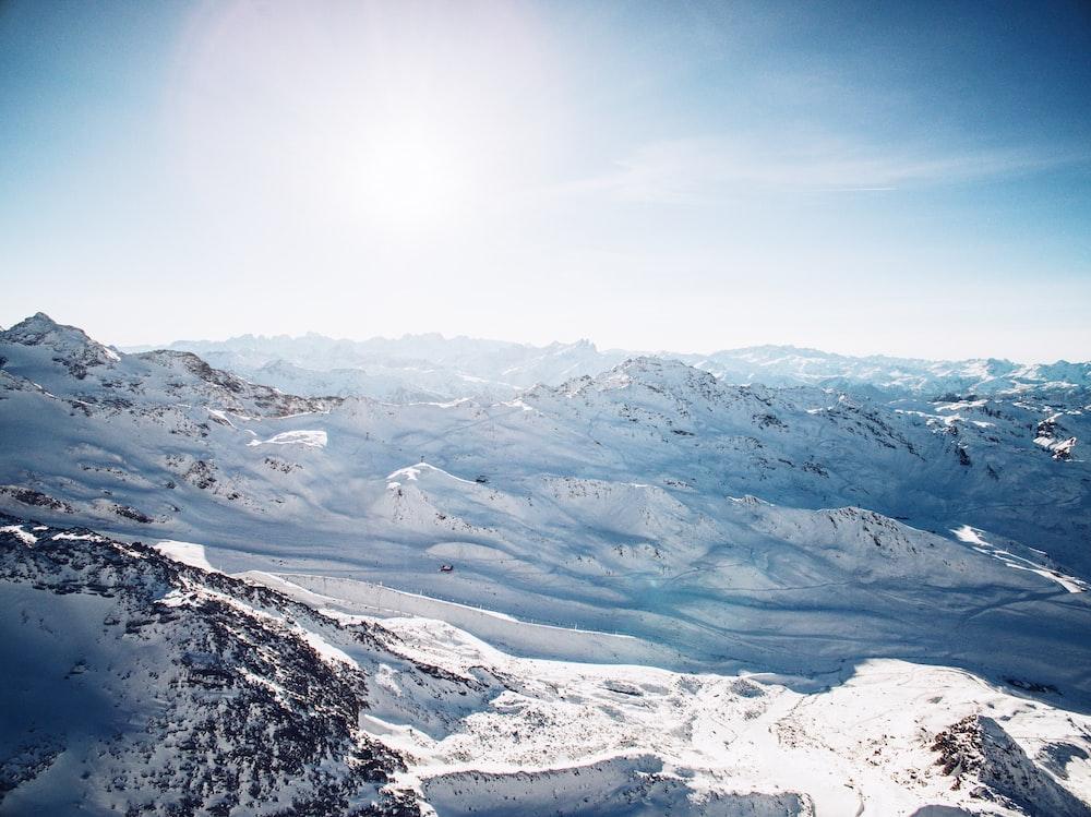 snow mountain under white sky