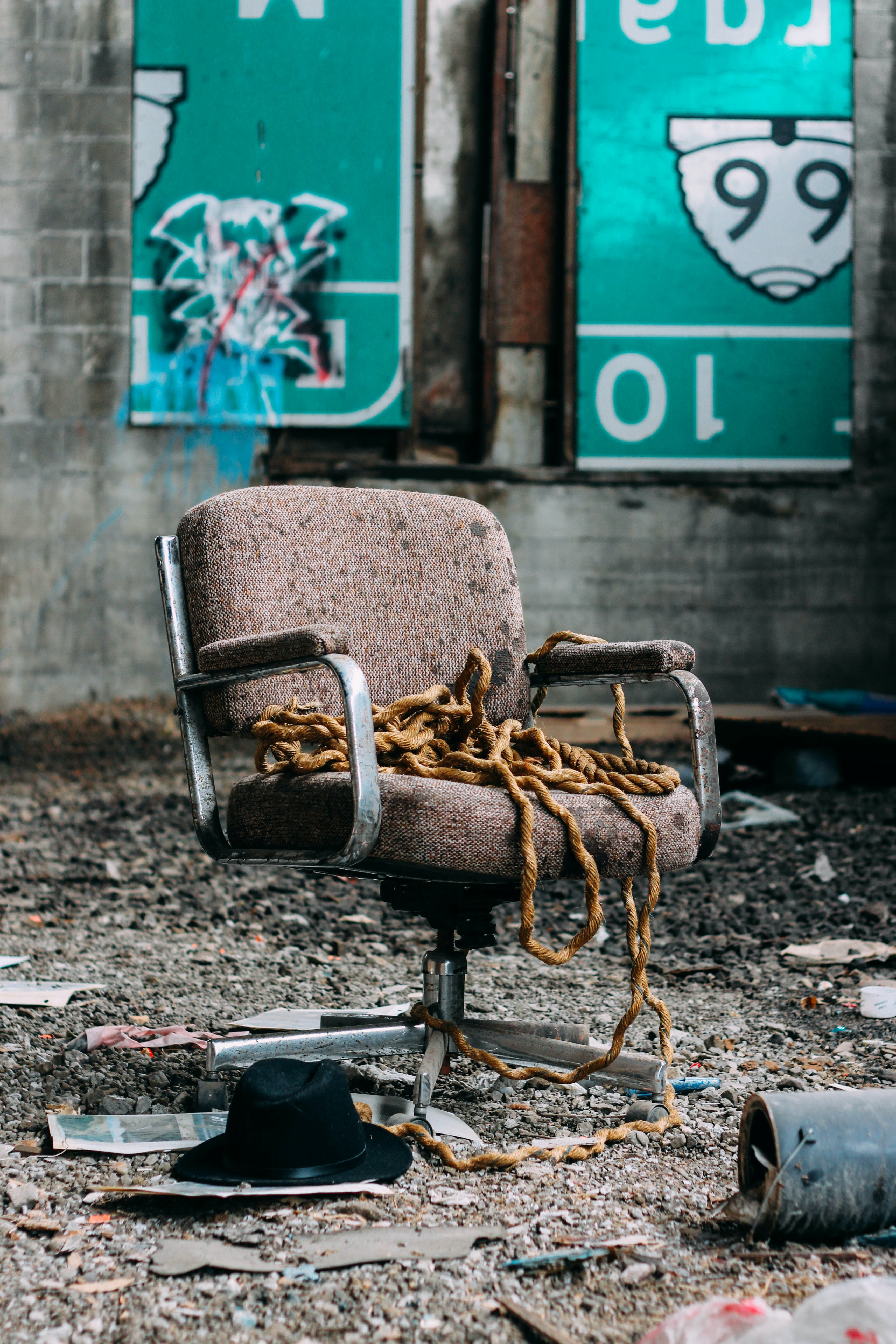 brown hydraulic chair photography