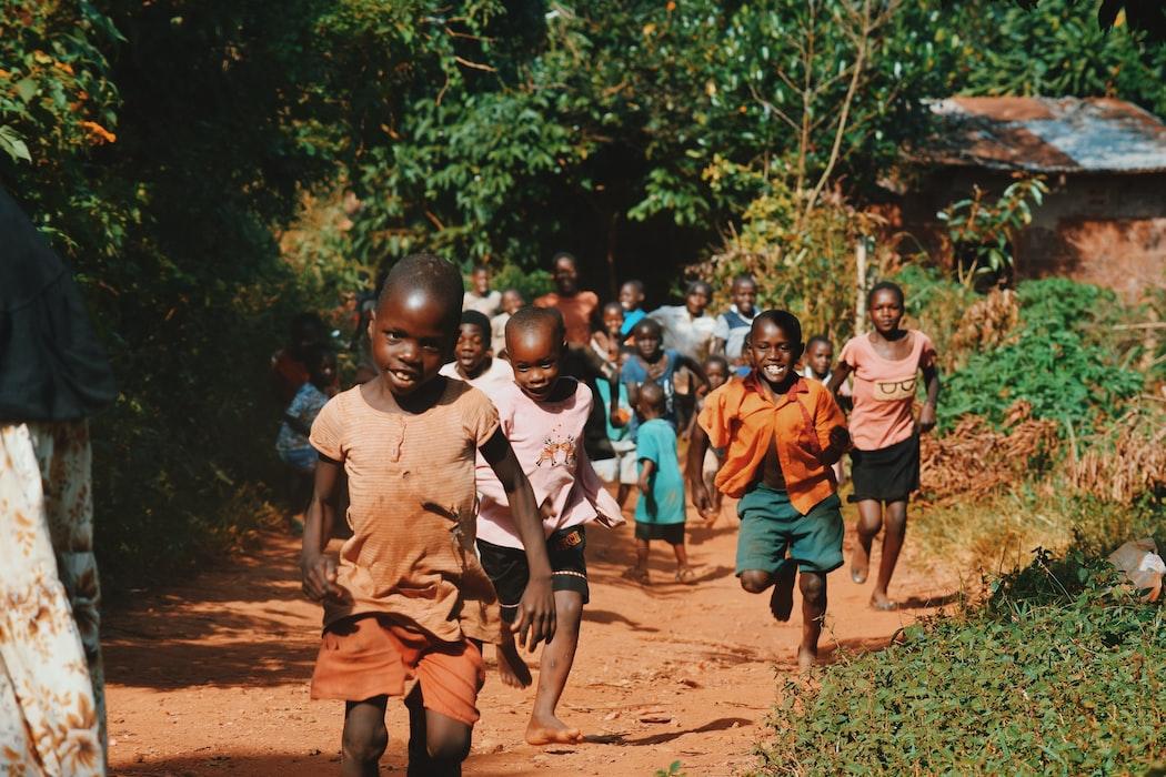 Afrika'da su kuyusu açmak