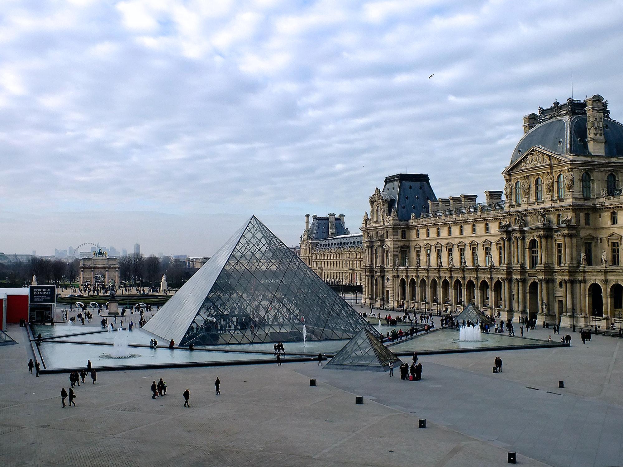 El Louvre Pone a Disposición Toda su Colección en Línea 🖼