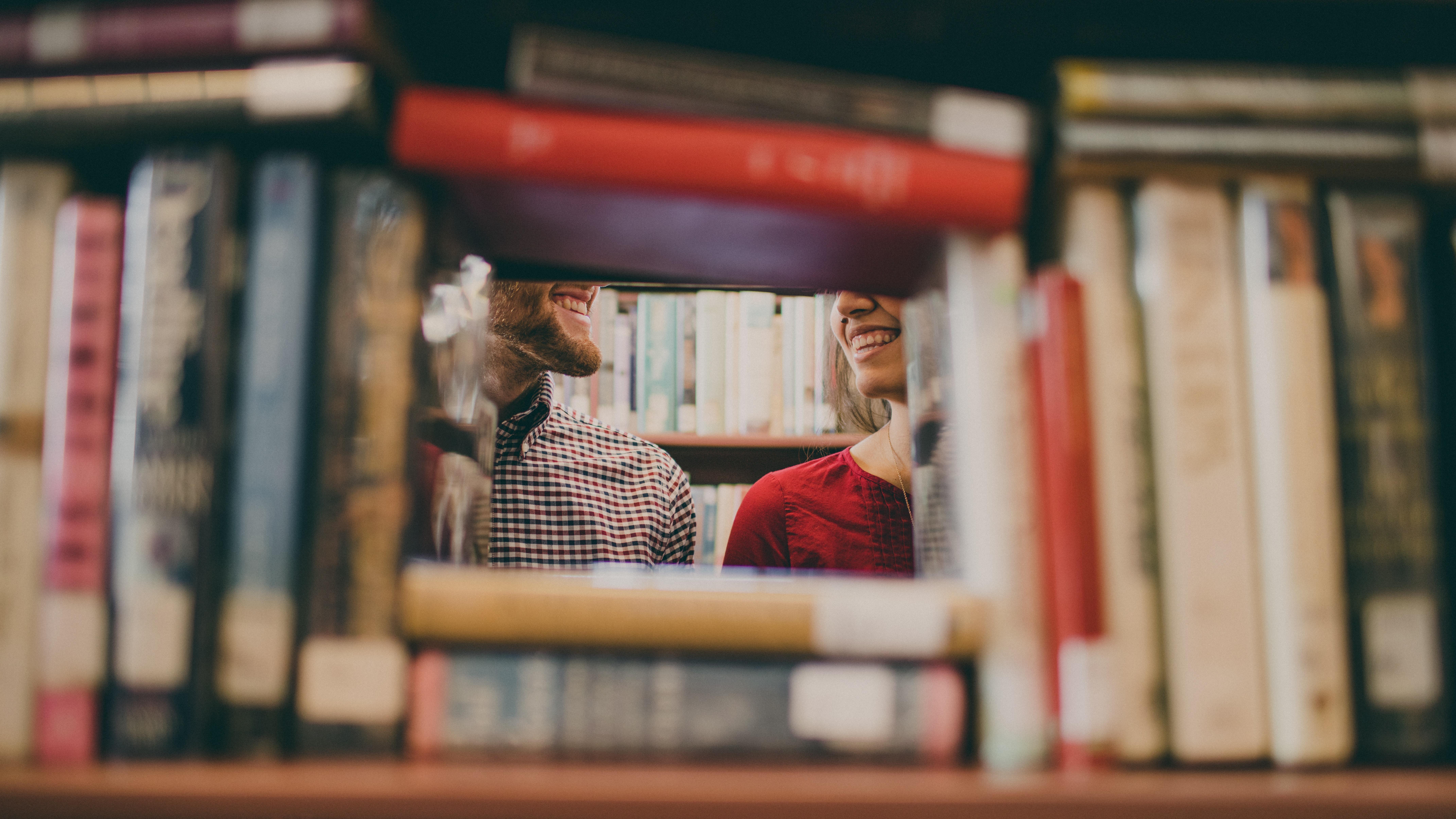 arrange book on shelf