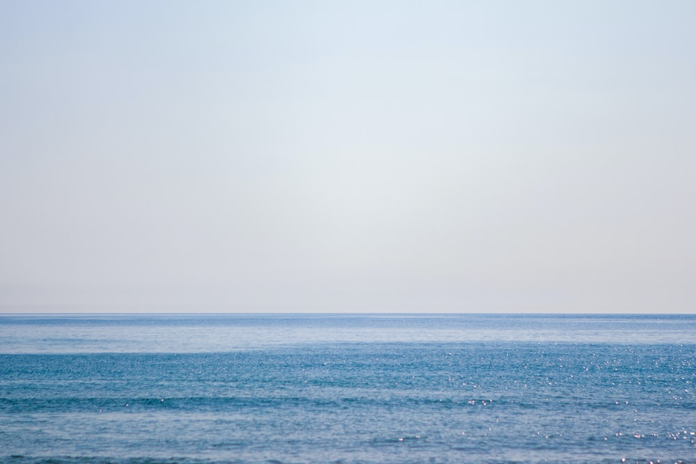 blue ocean during daytime