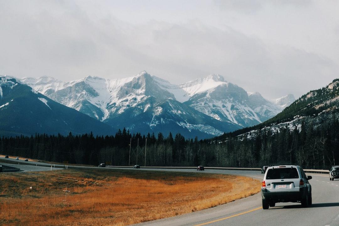 SUV se hodí na výlety na hory