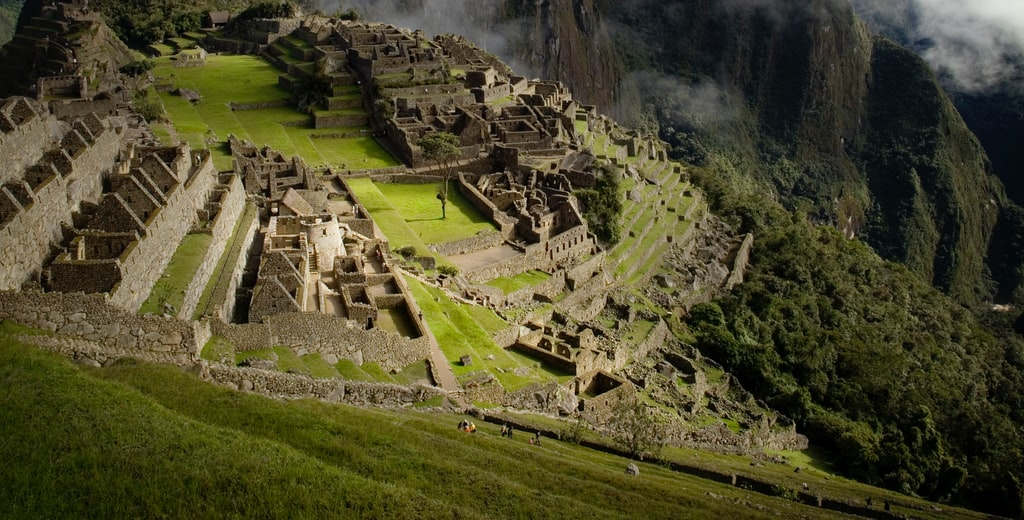 Ecuador & Peru: Middle World-Cuenca-Ecuador English Convention-Ecuador Branch-Whale Watching-Cusco-Machu Picchu-Peru Branch-Lima