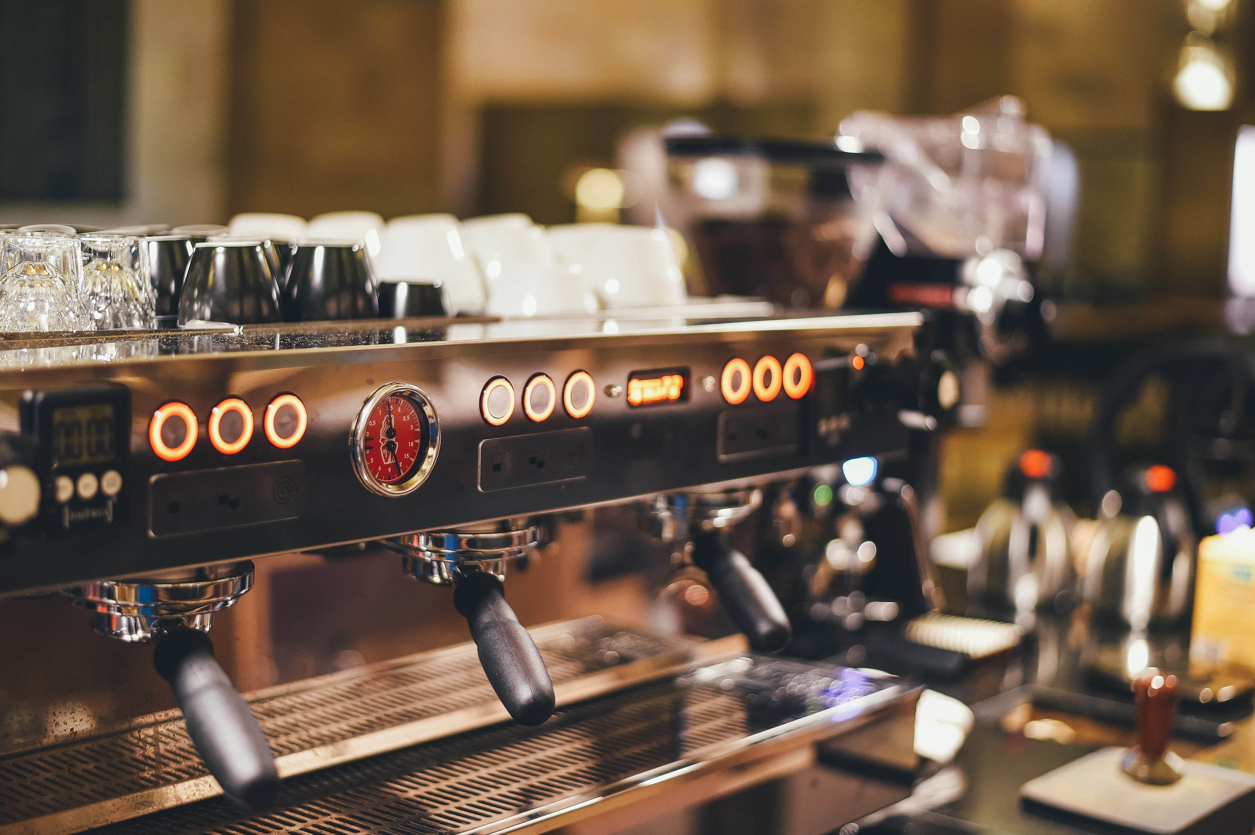 Dials and lights on a coffee machine