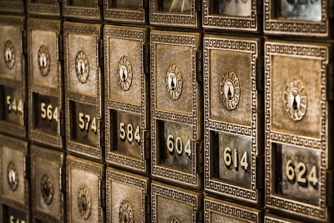 Numbered boxes detail