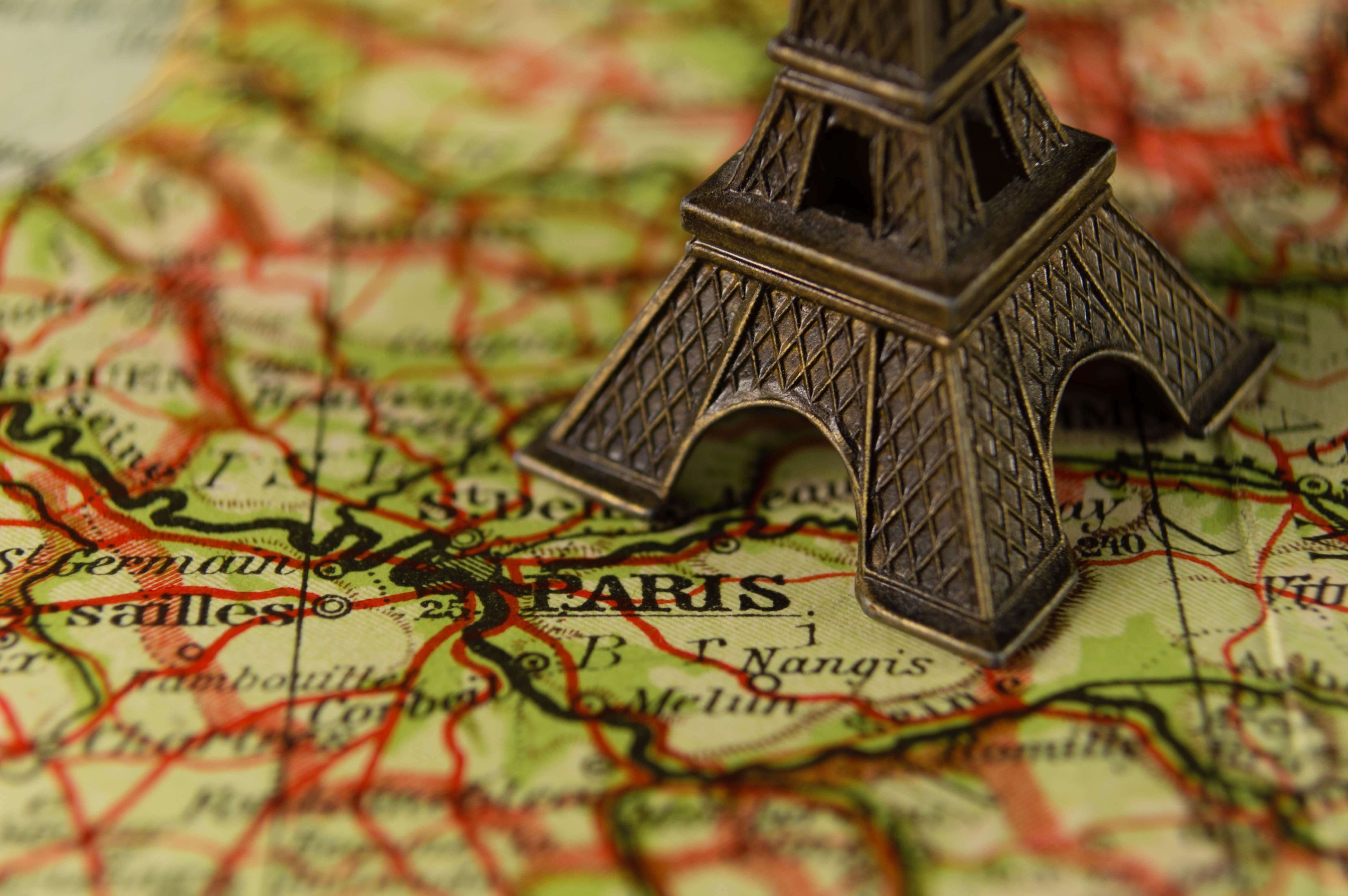 brown Eiffel Tower figurine