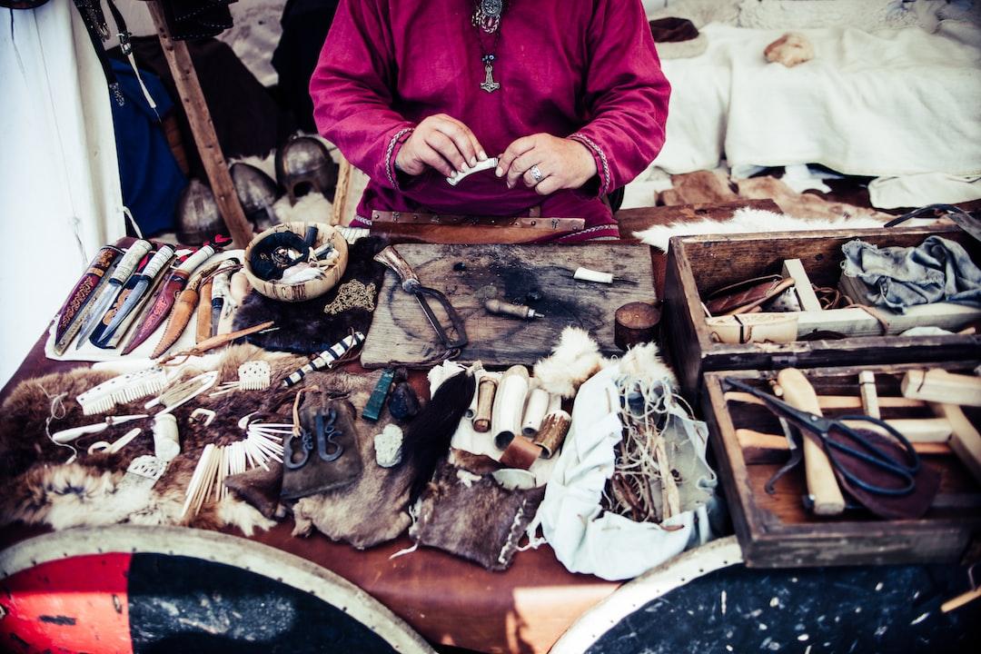 Leather trinket craftsman