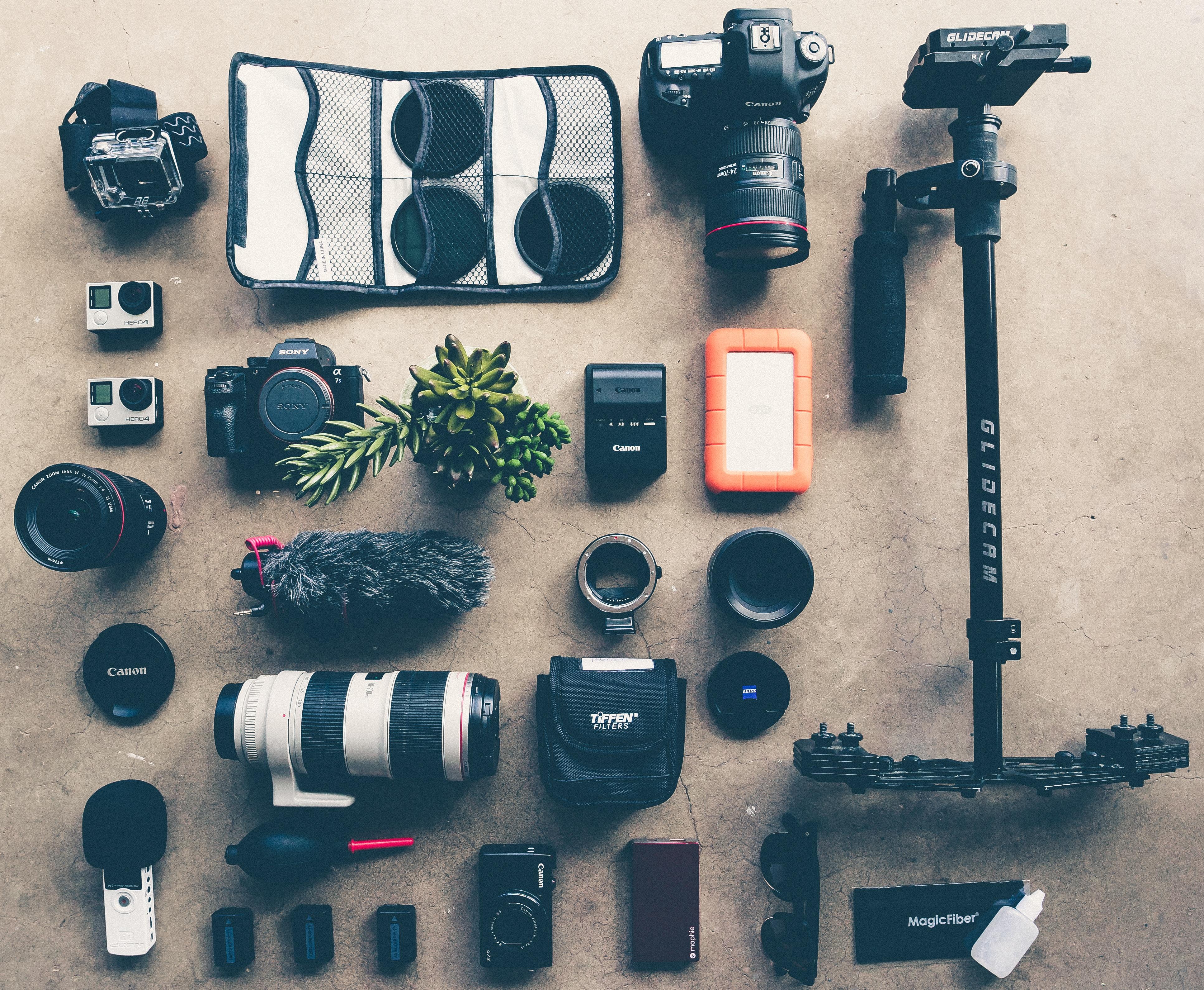 black DSLR camera kit