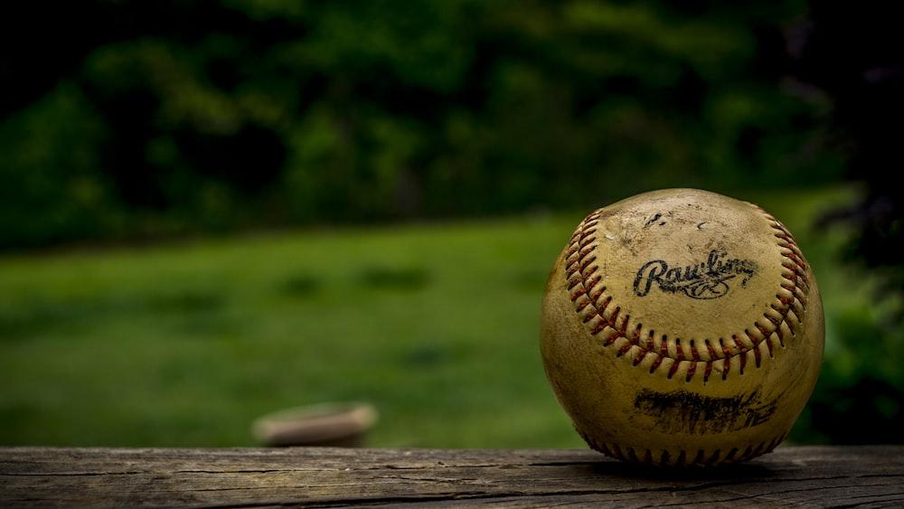 shallow focus photography of baseball