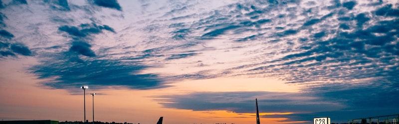 新型コロナウイルスの影響が航空業界に大打撃。空港・航空会社に迫られる対応。