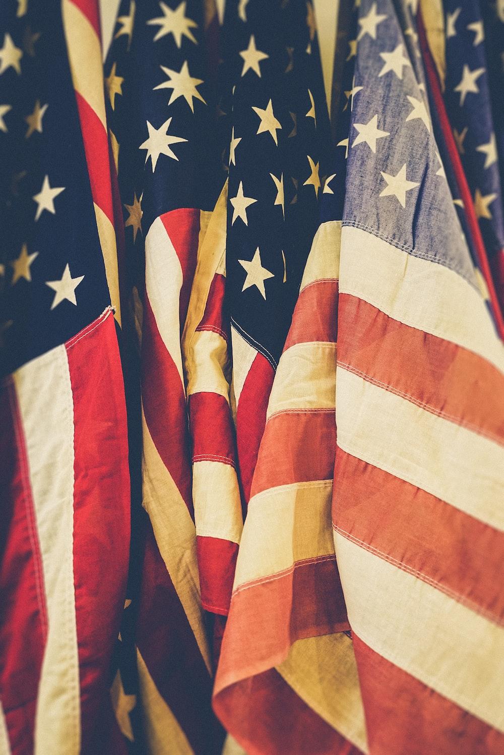 closeup photo of United States of America flag