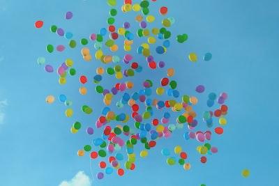 balloon on sky balloons teams background