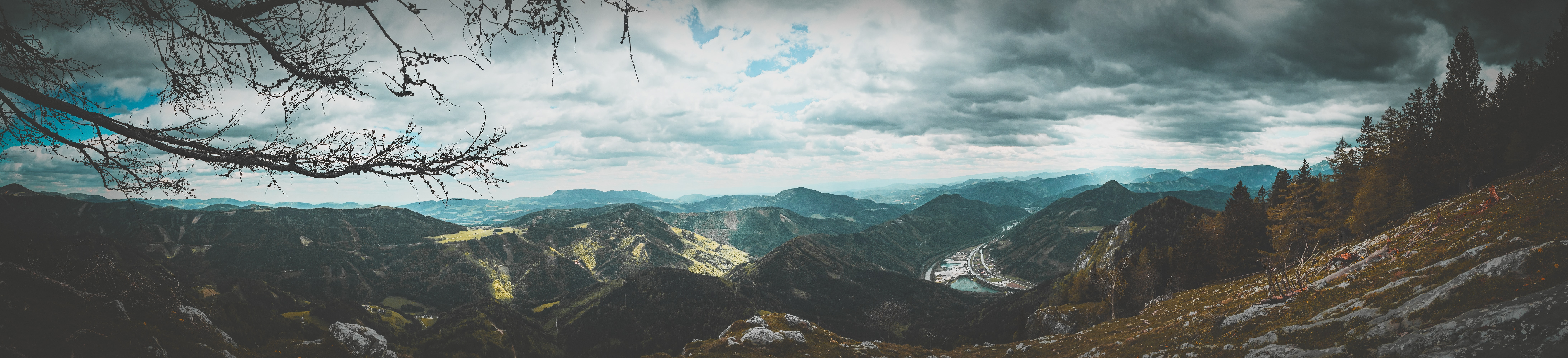 panoramic photography of overlooking mountain