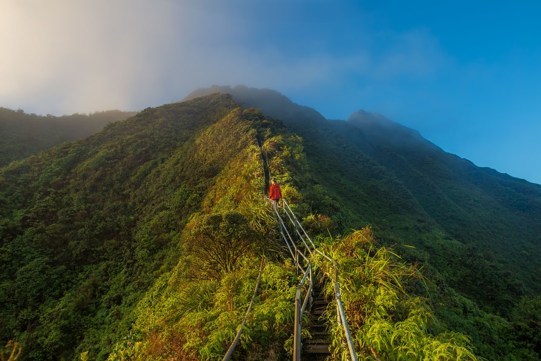 Walking The Haiku Stairs follow @kalenemsley on ig
