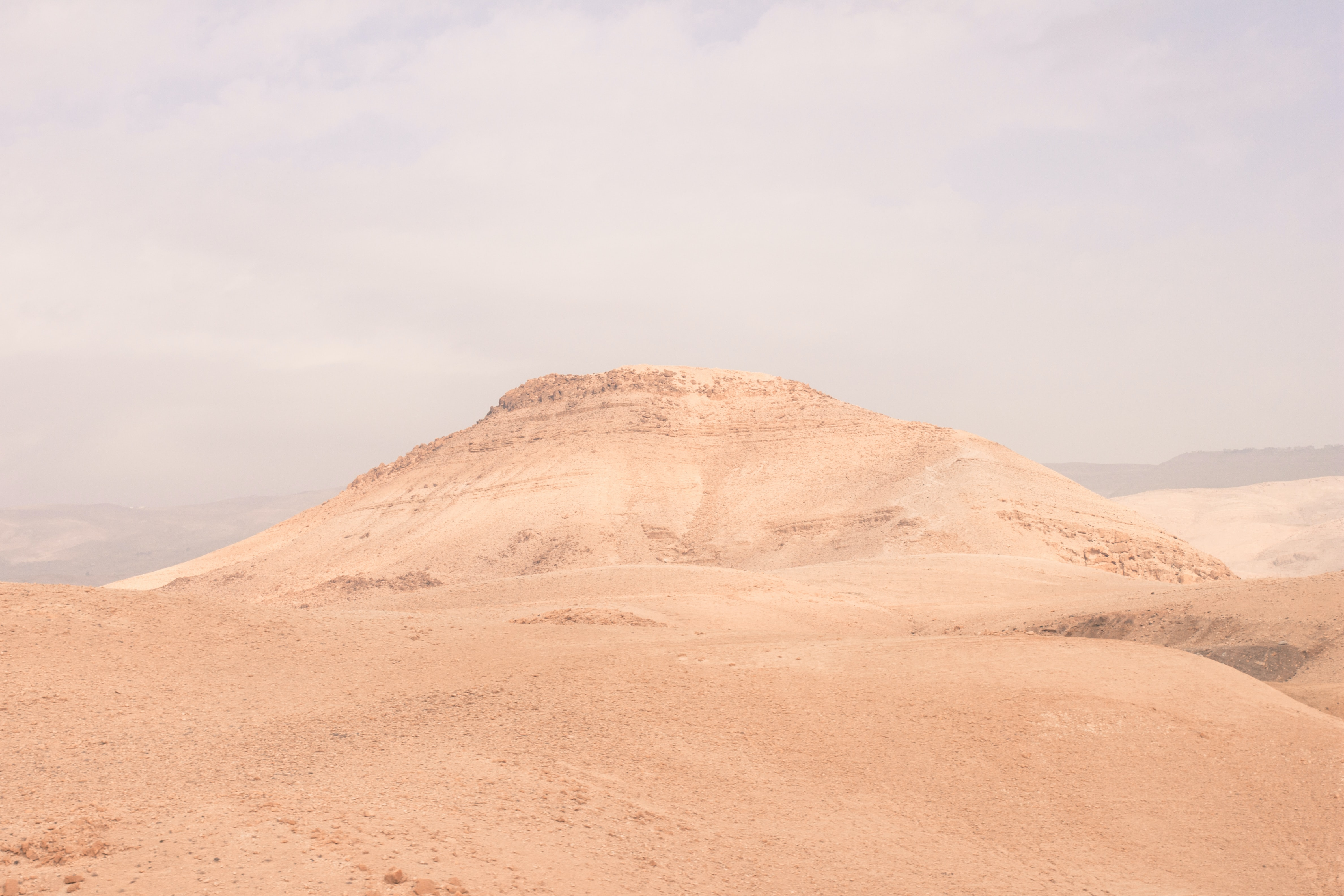White sand formations in the desert of Jordan