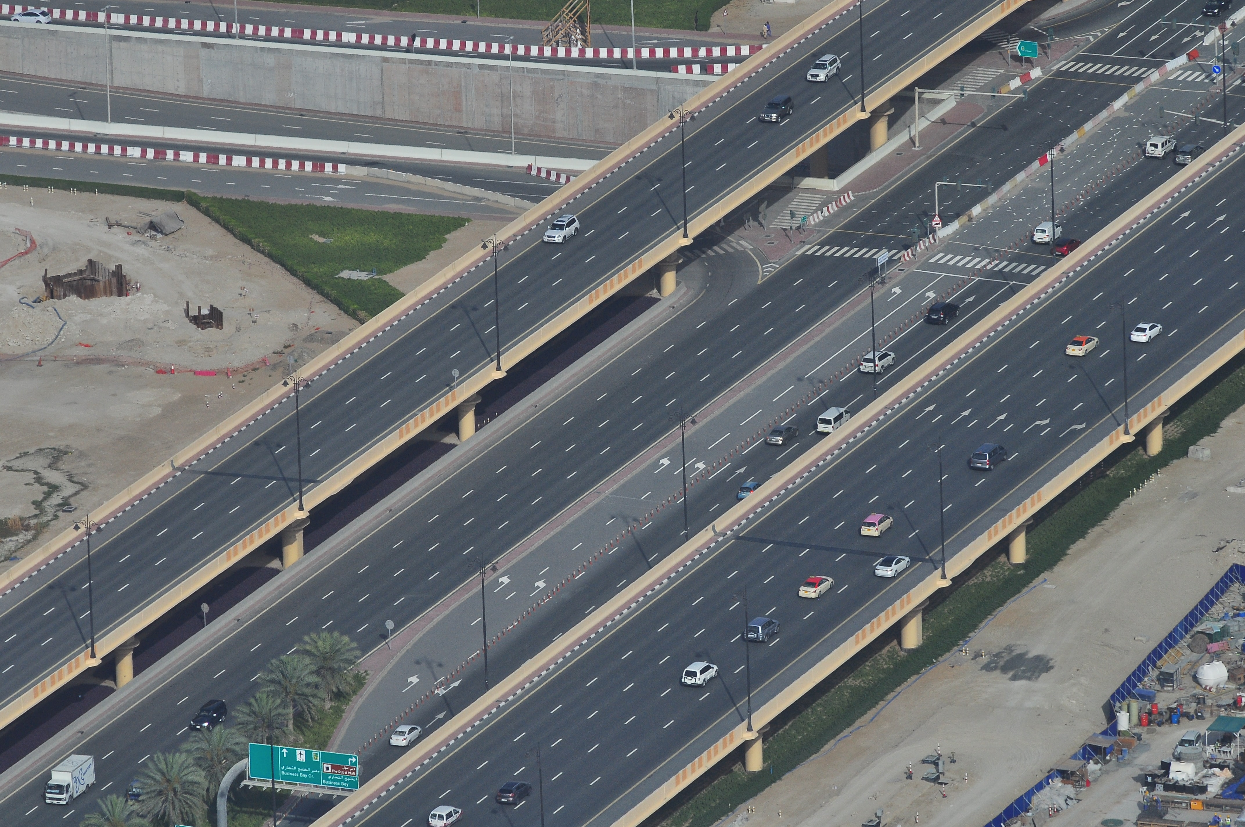 An aerial shot of cars on a multi-lane freeway
