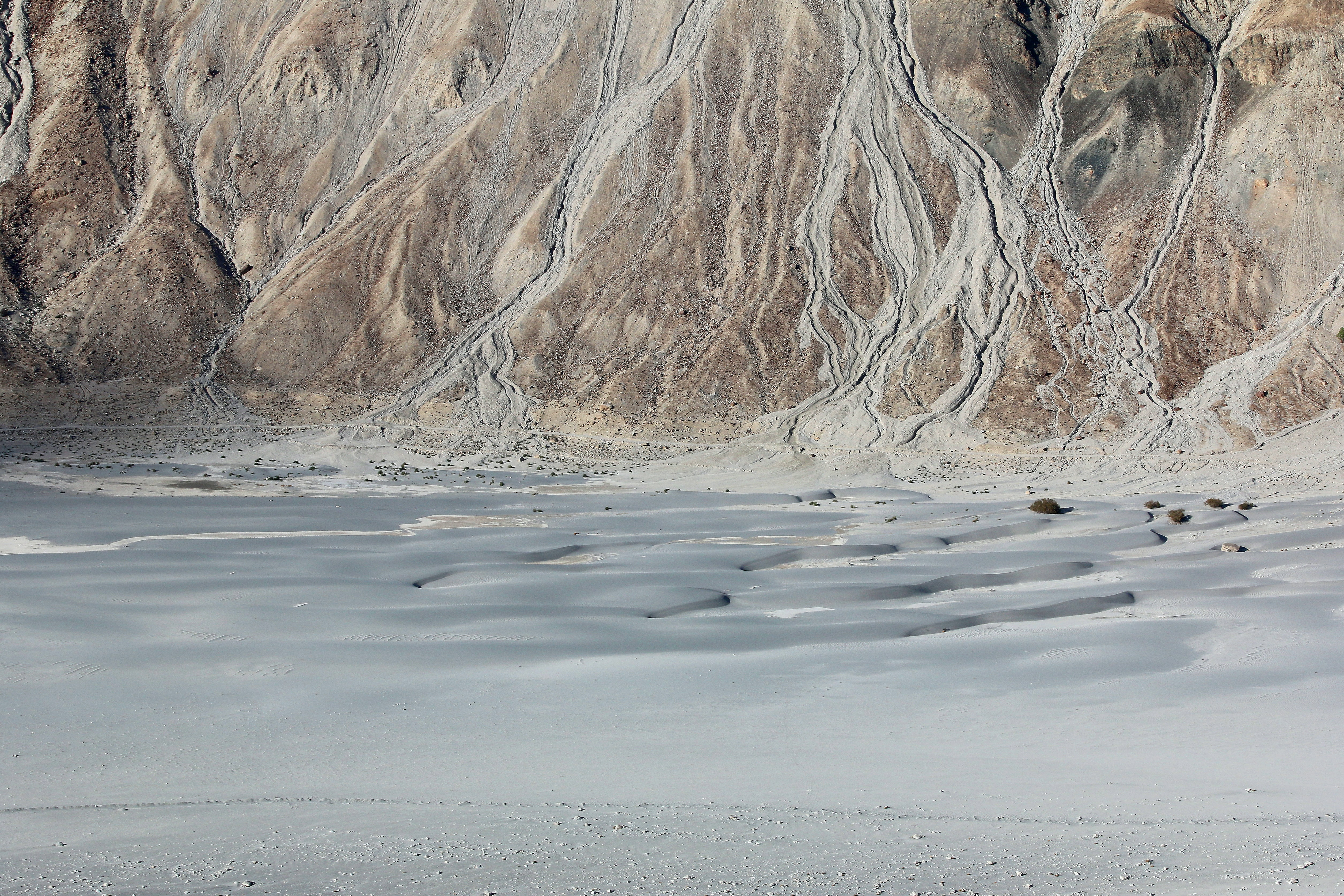 Winding lines down the mountainside in Nubra Valley desert
