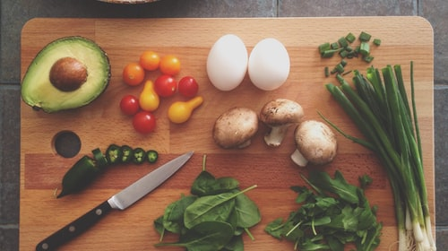 3 Ways to save grocery money and eat healthily