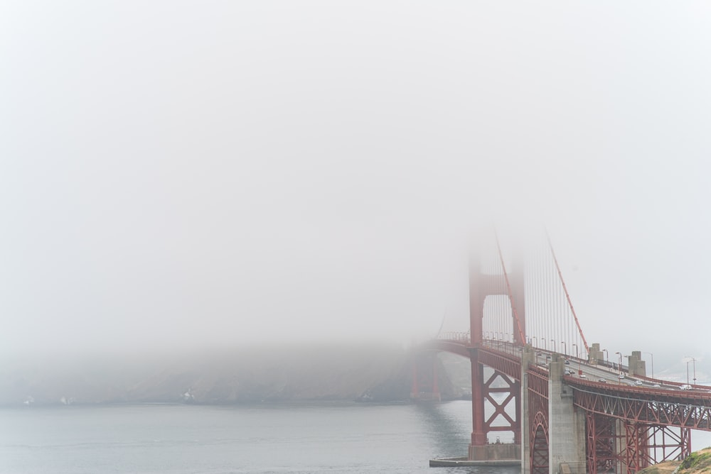 Golden Gate Bridge selective focus photography