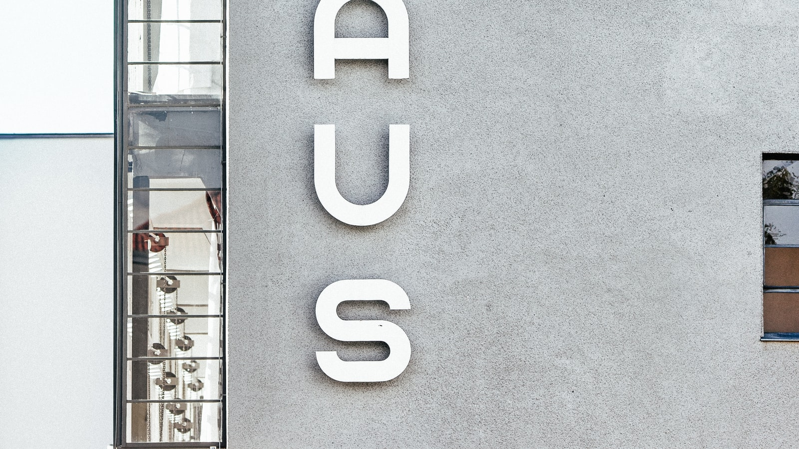 Bauhaus Building, Dessau