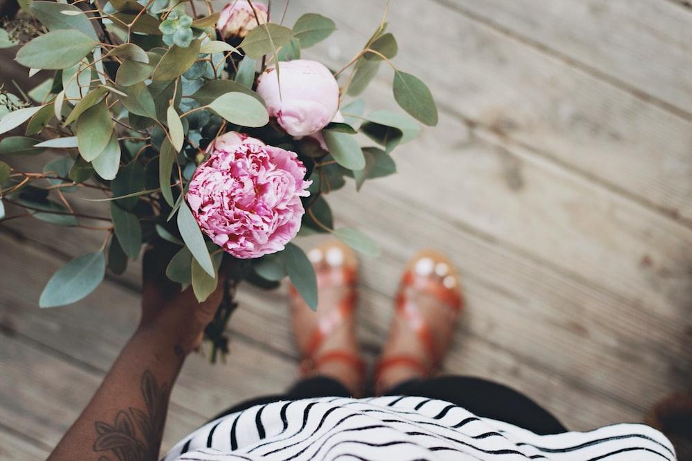 Rustic Flower Bouquet photo by Jazmin Quaynor (@jazminantoinette) on ...