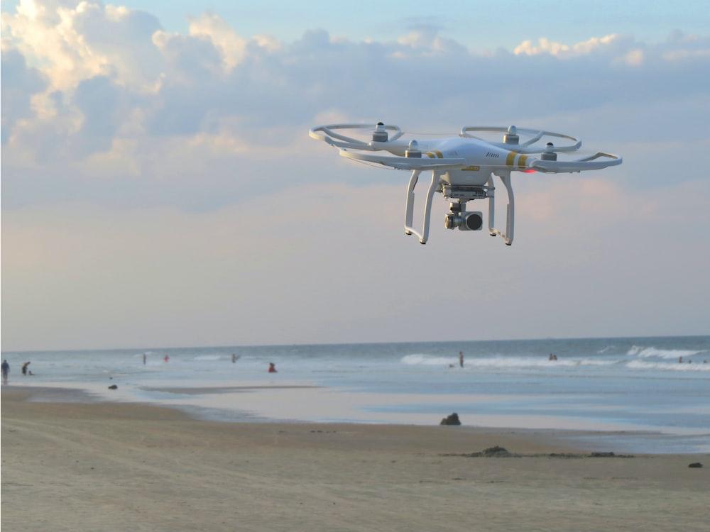 DJI Phantom 3 Standard at seashore
