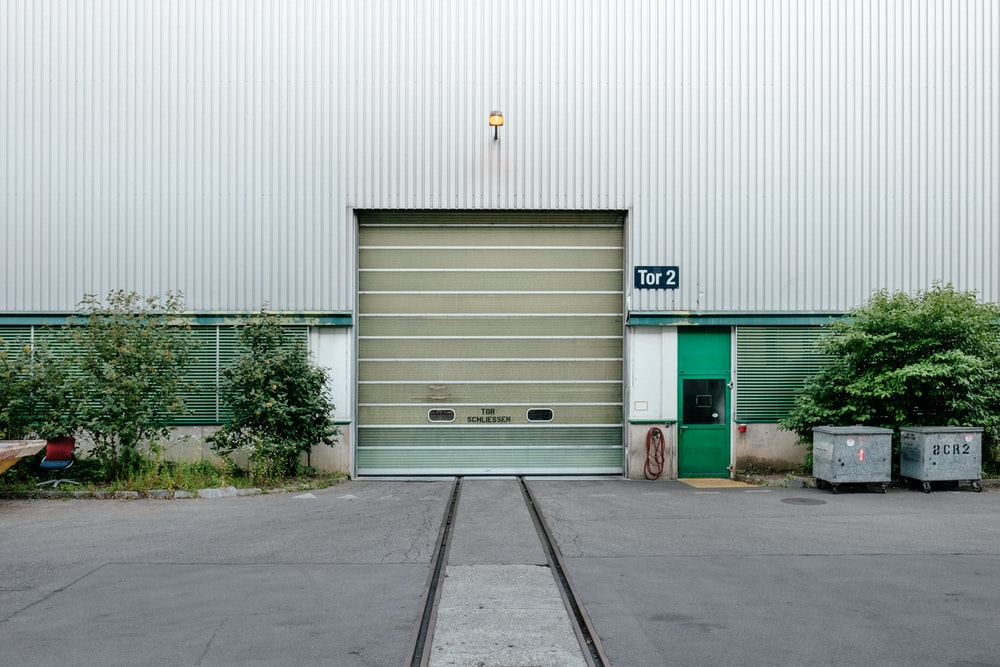 Painted Garage Door Pictures Download Free Images On Unsplash
