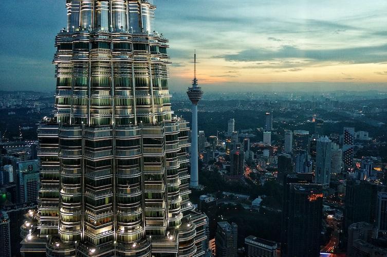 Petronas Twin Towers, Kuala Lumpur, Malaysia | Photo by Lisheng Chang on Unsplash.com