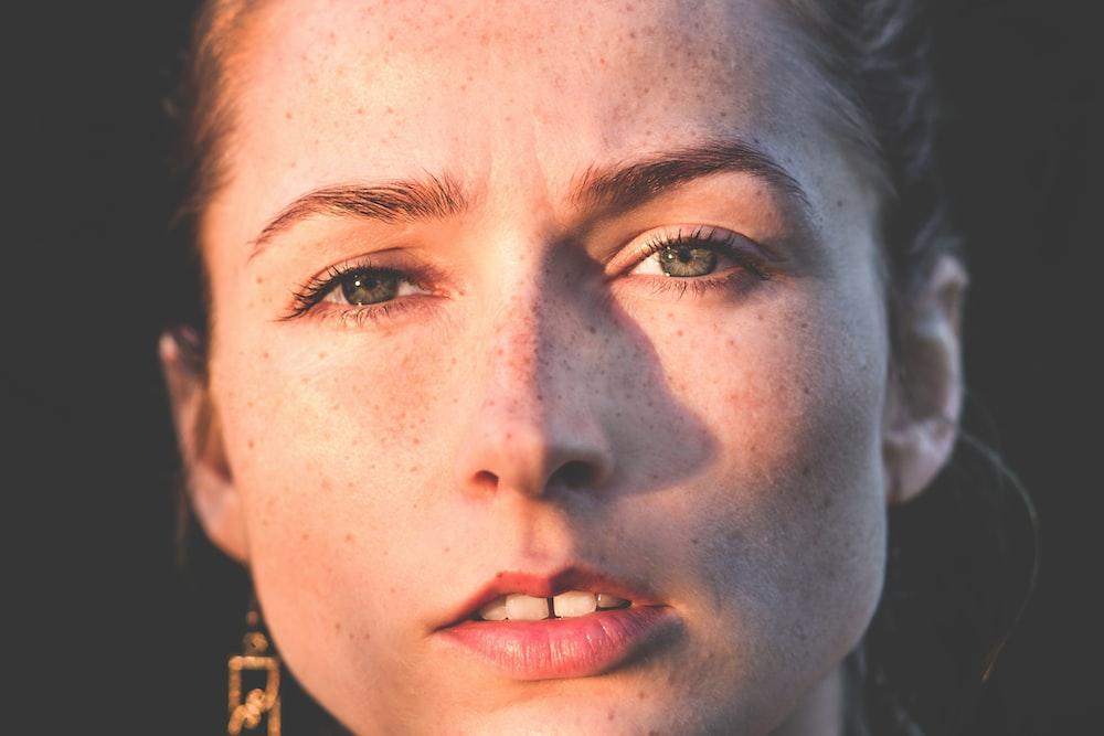 sun rays of woman's face