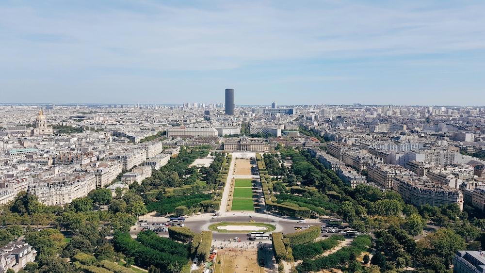 巴黎15區・與艾菲爾鐵塔當鄰居