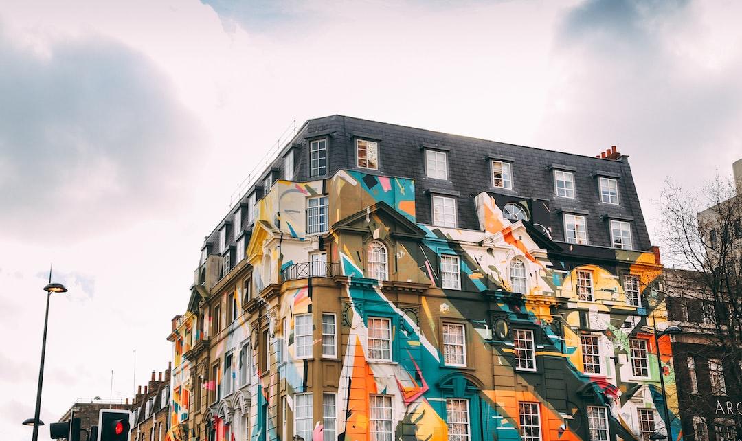 shoreditch graffiti windows