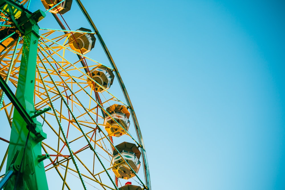 photo of green Ferris wheel