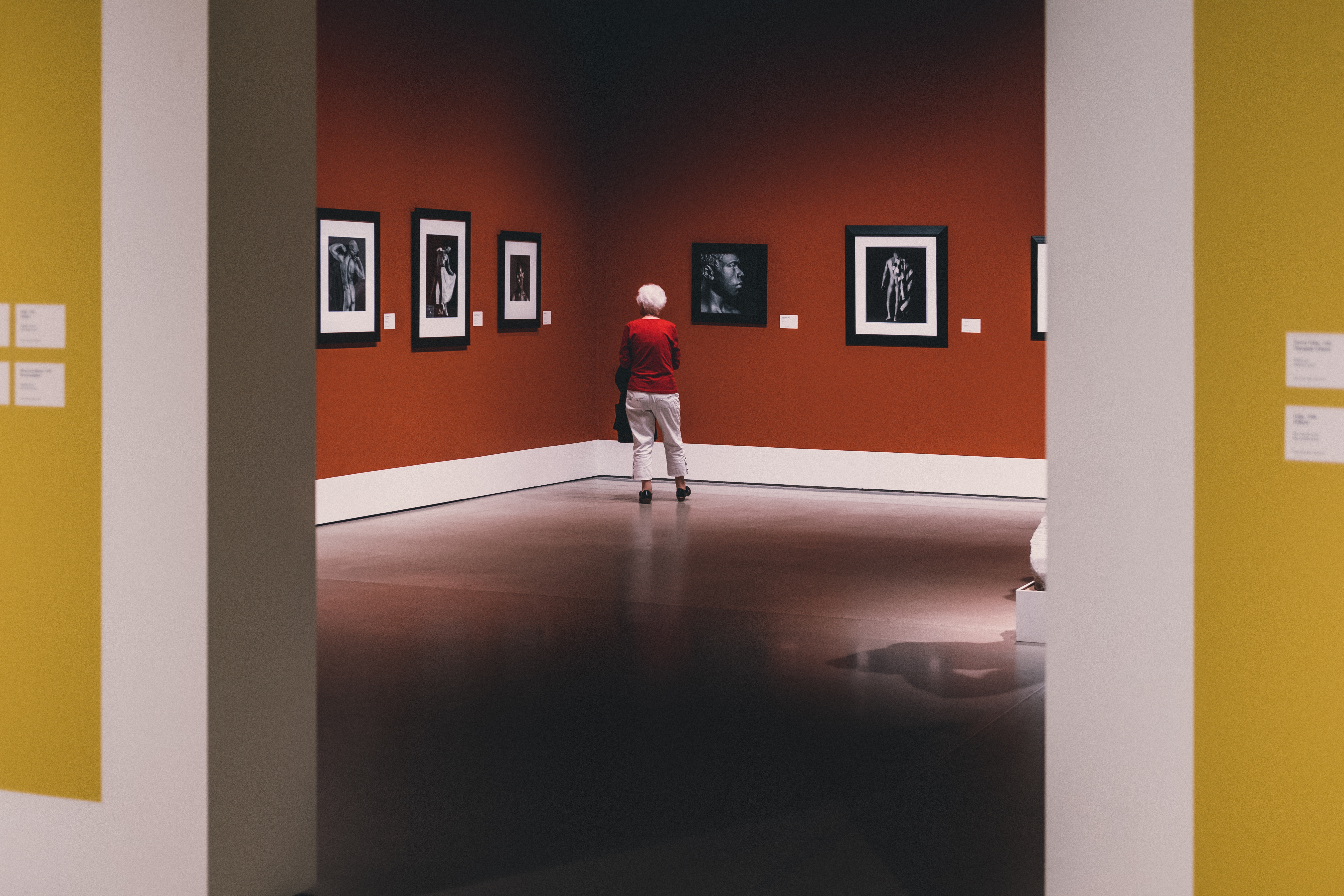 Simple Lightbox for Ghost Galleries