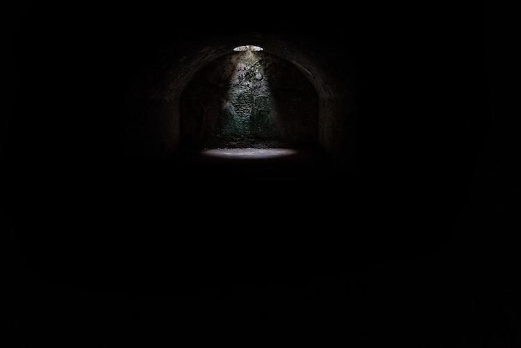 《關係黑洞》為什麼會有不安全感?- 失戀花園|周慕姿 諮商心理師