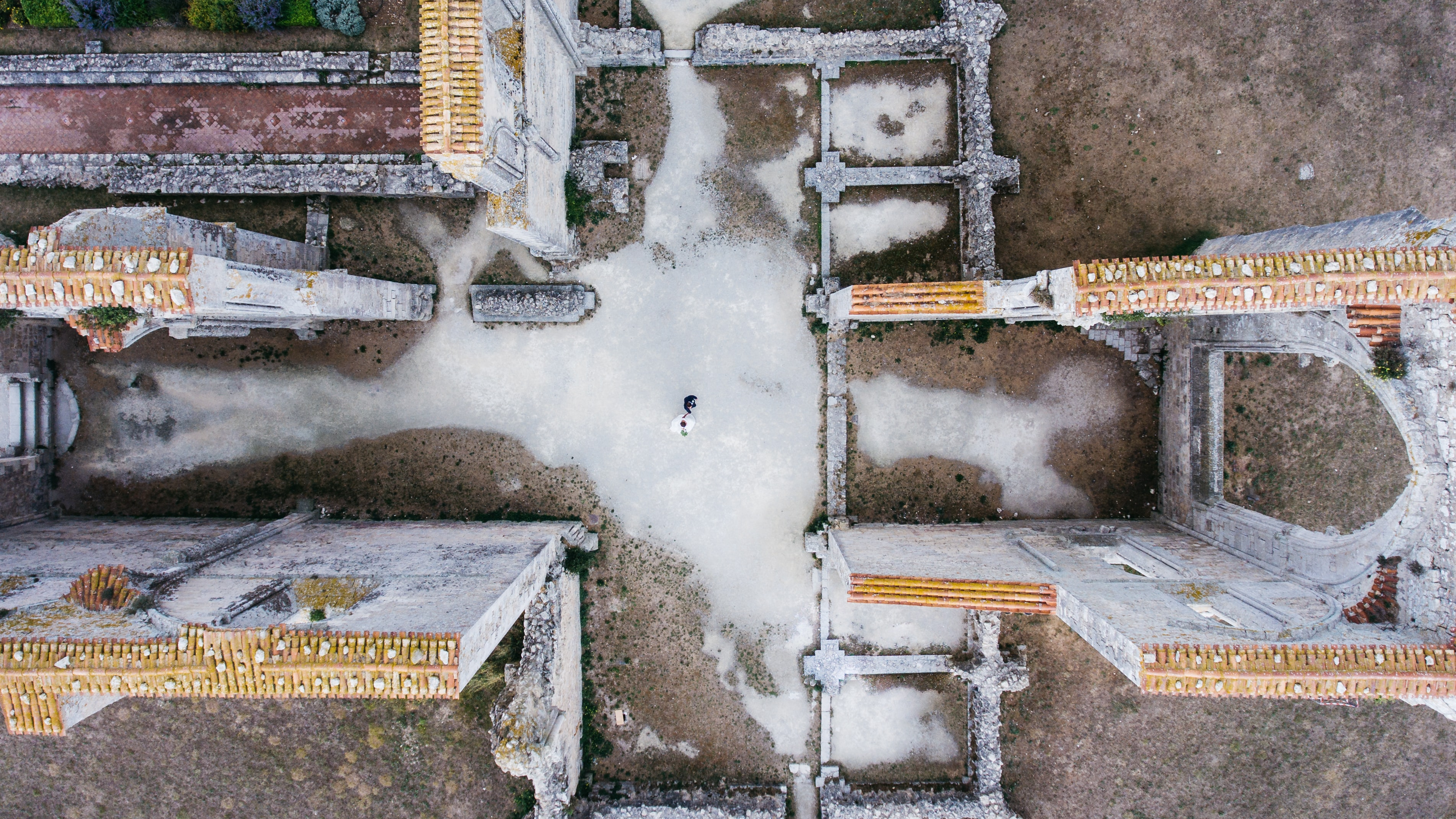 Rivedoux-Plage wedding from drone view with melting snow on ground
