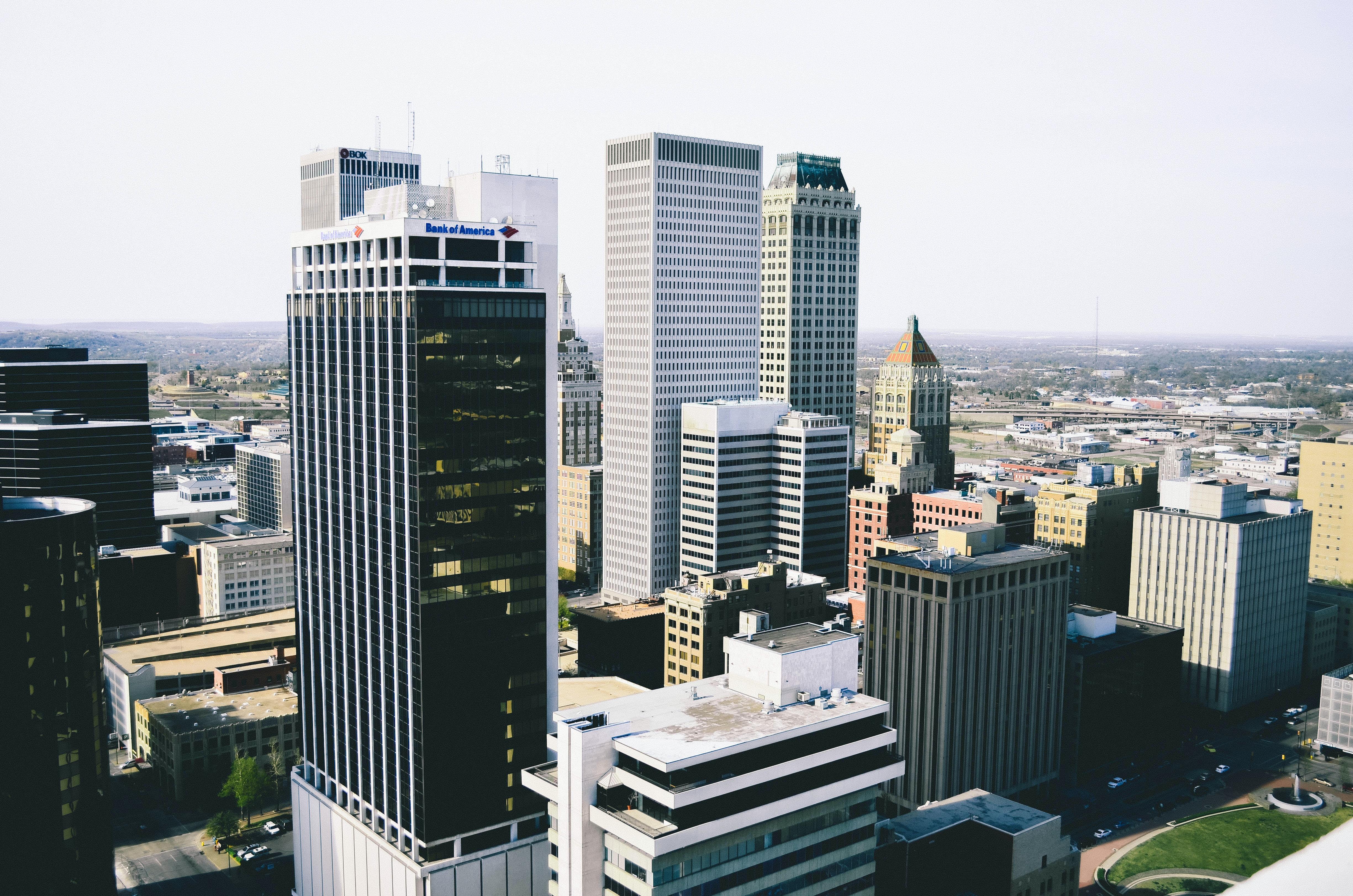 bird's eye view of city buildings