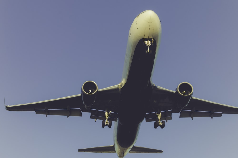 aerial photography of plane flying