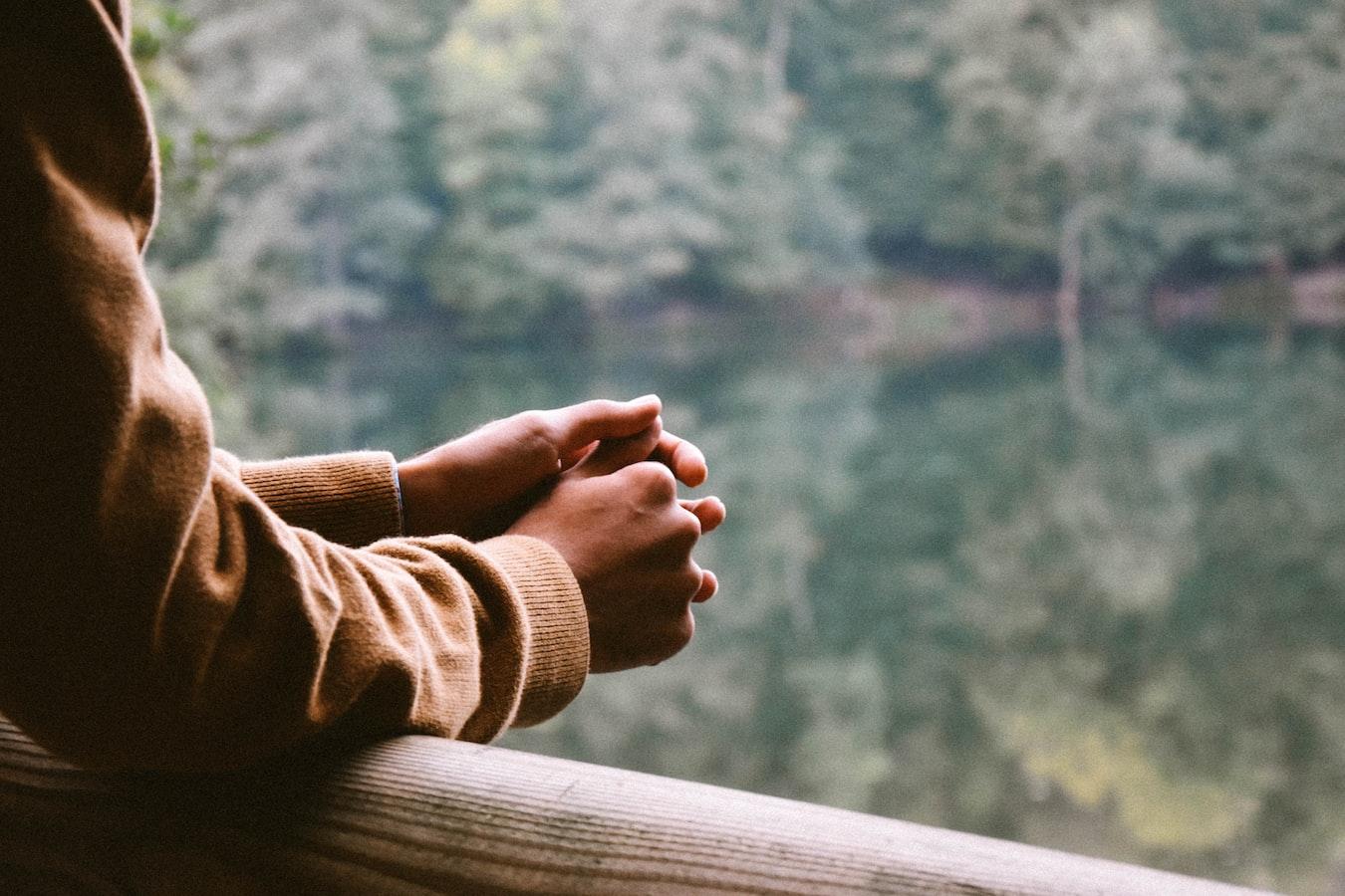 【3分钟默想 • 诗篇30: 8——神要在祂的圣洁中接纳我们】