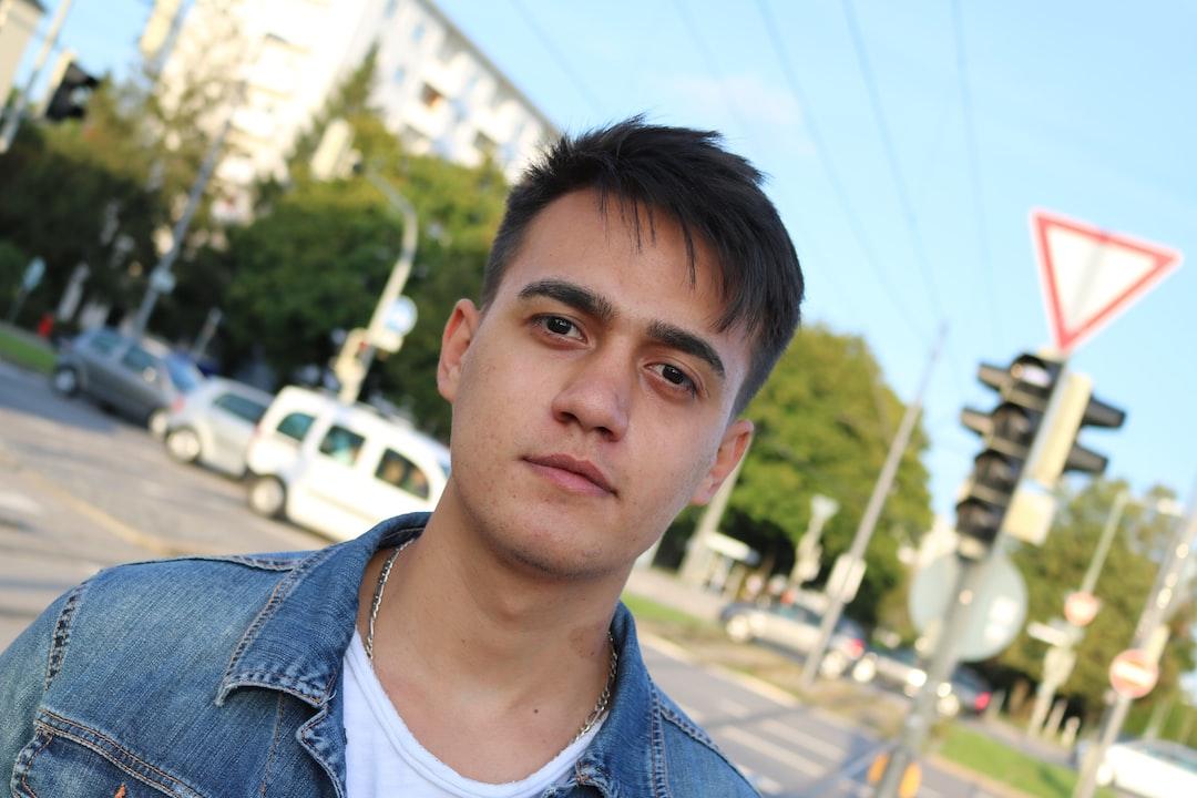 сергеевич переводил зарудинецьке фото людей кровати